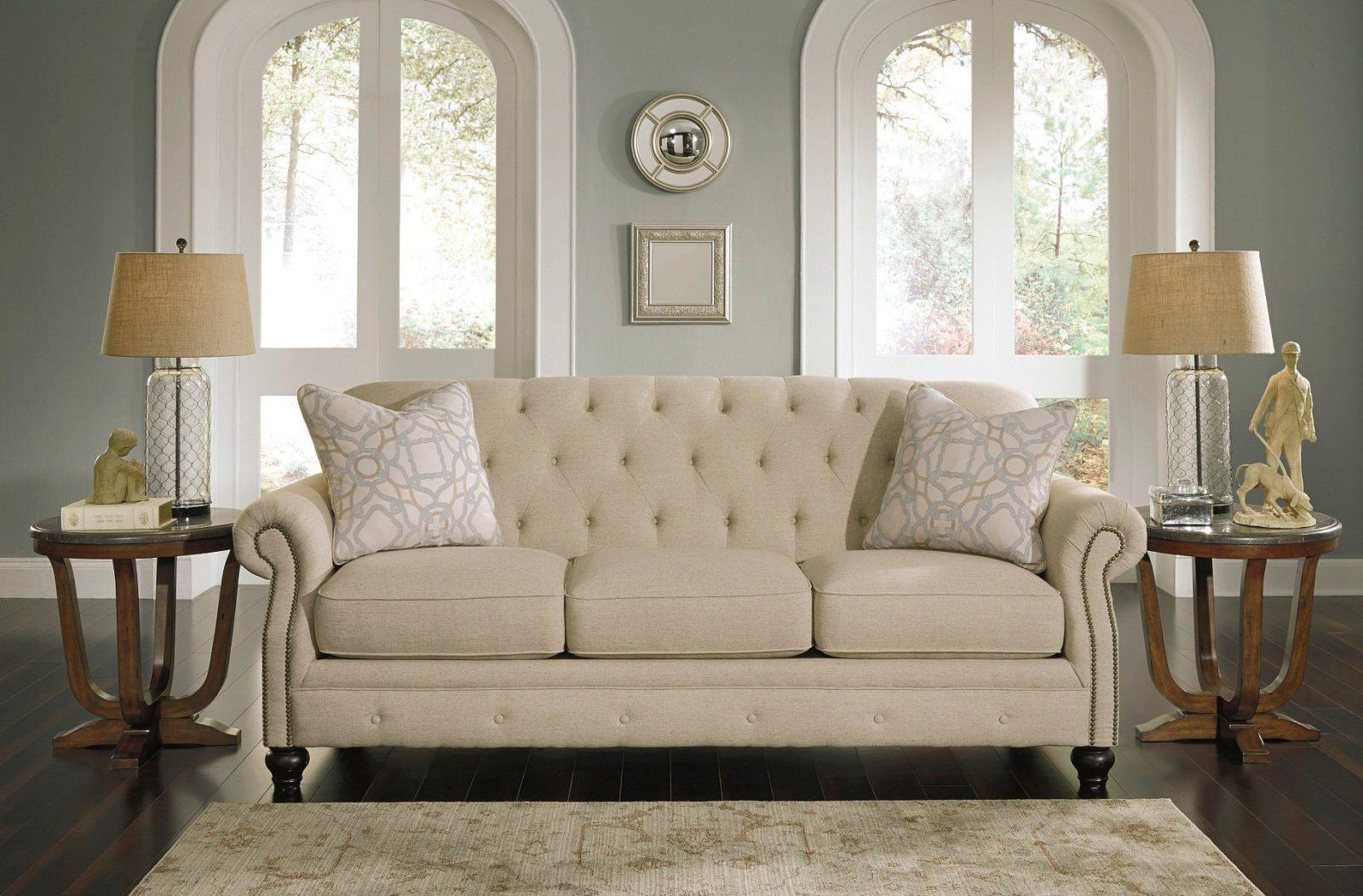 Выбираем лучшие материалы для обивки дивана